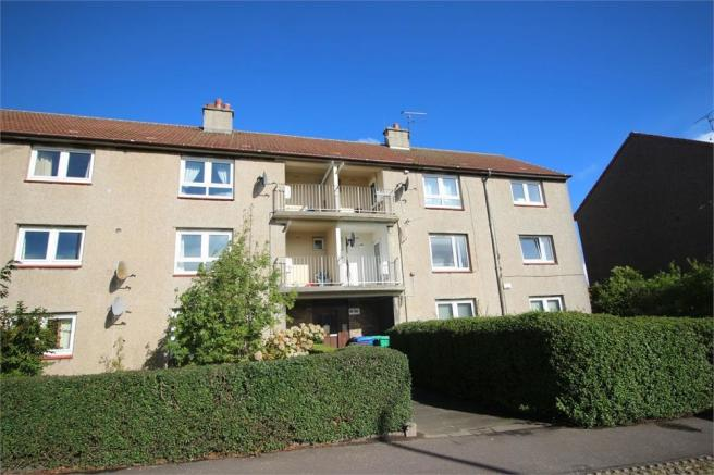2 bedroom flat to rent in Fair Isle Road, KIRKCALDY, Fife, KY2