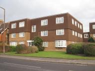 Apartment to rent in CHILTERN COURT, HORSHAM