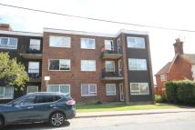 2 bedroom Flat in WEALD COURT...
