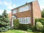 3 bed home in Highfield Close...