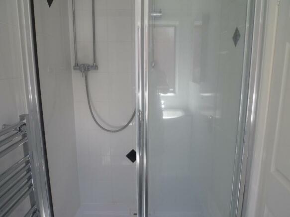 En-suite to shower