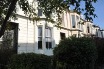 2 bedroom Ground Flat to rent in Holyrood Crescent ...