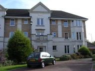 3 bed Flat in Skaterigg Gardens...