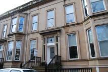 2 bedroom Flat to rent in Queens Gardens, Dowanhill