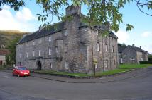 Flat in 4 Castle Court, Menstrie...