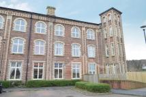 3 bedroom Flat in Hayford Mills...