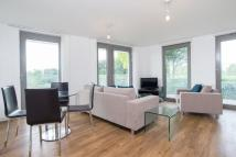 Flat to rent in Waterside Heights...