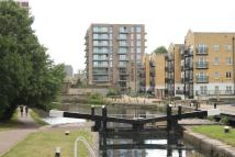 1 bedroom Flat in Watermark, Regents Canal...