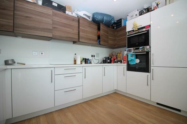 Kitchen - 95 Plaza
