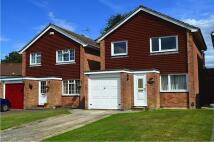 Detached house in Heathfield, Crawley...