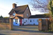 4 bedroom Detached house in Balcombe Road, Crawley...