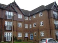 Apartment in Newbury Road, Pound Hill...