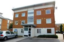 Apartment to rent in Felixstowe Ct, London...
