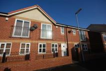 2 bedroom Mews in Falls Green Ave...