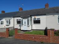 Bungalow to rent in Castletown