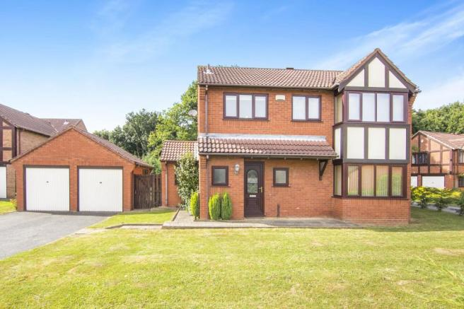 4 bedroom house to rent in lytham tamworth b77