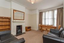 2 bed Ground Flat in Ashleigh Road, London...