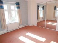 1 bedroom Flat to rent in Pine Grange, Bath Road...