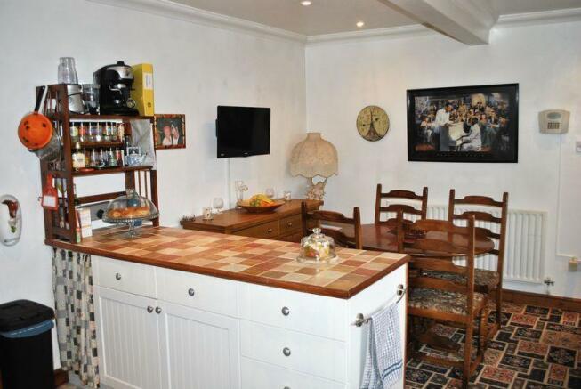 Dining Area 10/16