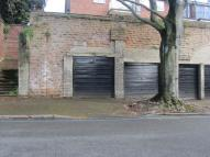 Garage to rent in Clumber Crescent South...
