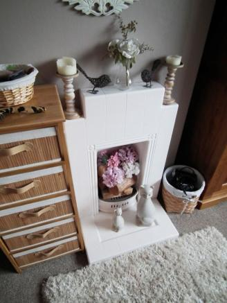 Rear Bed Fireplace