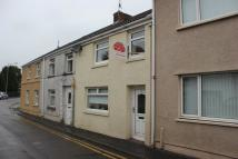 2 bedroom Terraced property in Bryngwyn Road, Dafen...