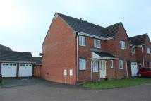 3 bedroom semi detached house to rent in Springfields, Llanelli...