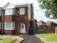 3 bedroom semi detached property to rent in Mossley Road...
