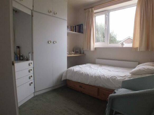 BEDROOM (4) (REAR)
