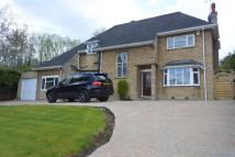 4 bed Detached home in Lyndhurst Road...