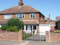 3 bedroom house in Lawns Avenue