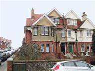 3 bed Flat to rent in Silverdale Road