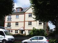 Flat to rent in St Leonards Road