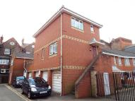 Maisonette to rent in West Street Mews