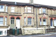 Flat for sale in Trafalgar Road...