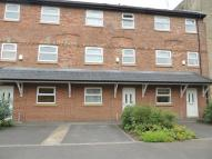 2 bed Town House for sale in Lakes Road, Marple...