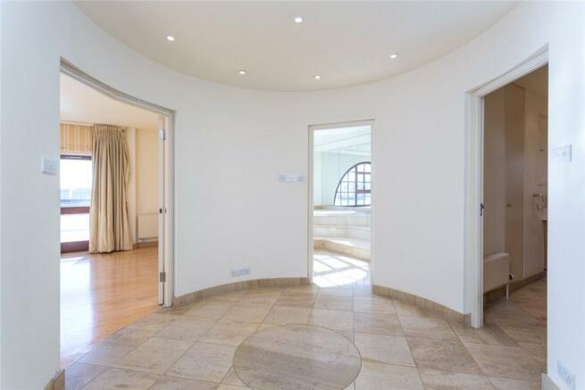 Wapping: Hallway