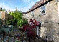 3 bed semi detached property for sale in Market Place, Box...
