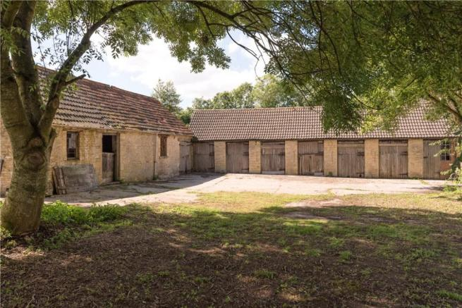 Bath - Stables/Barns