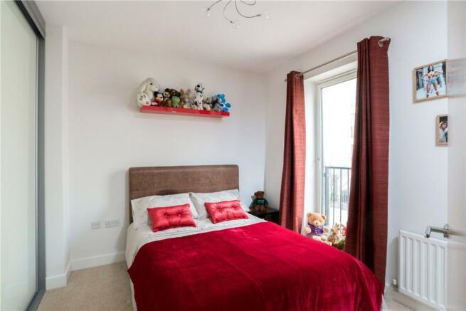Bath: Bedroom