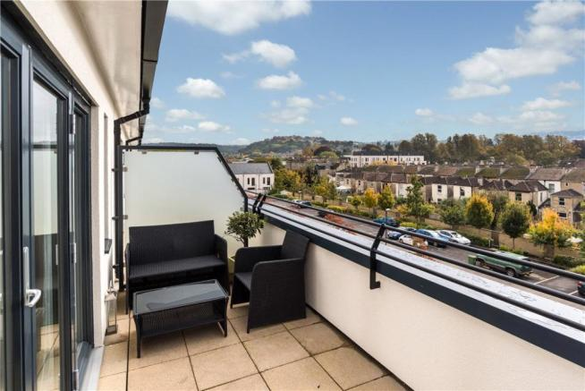Bath: Balcony