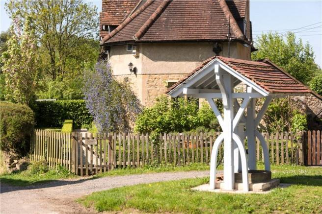 Lullington Well