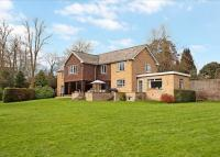 6 bedroom Detached property in Saxon Gardens, Taplow...