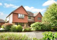 5 bedroom Detached property in Ledborough Gate...