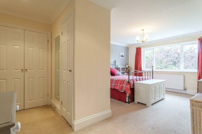 Chinnor: Bedroom