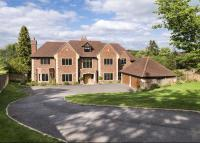 8 bed Detached home for sale in Dodds Lane...