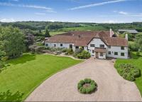 6 bedroom Detached home for sale in Arrewig Lane, Chartridge...