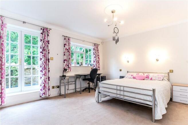 Seer Green: Bedroom