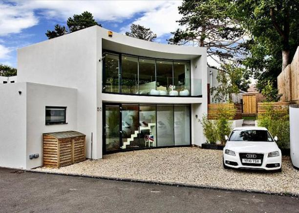 4 bedroom house for sale in bafford lane charlton kings for Four bed houses for sale