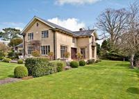 5 bedroom Detached house in Albert Road, Cheltenham...